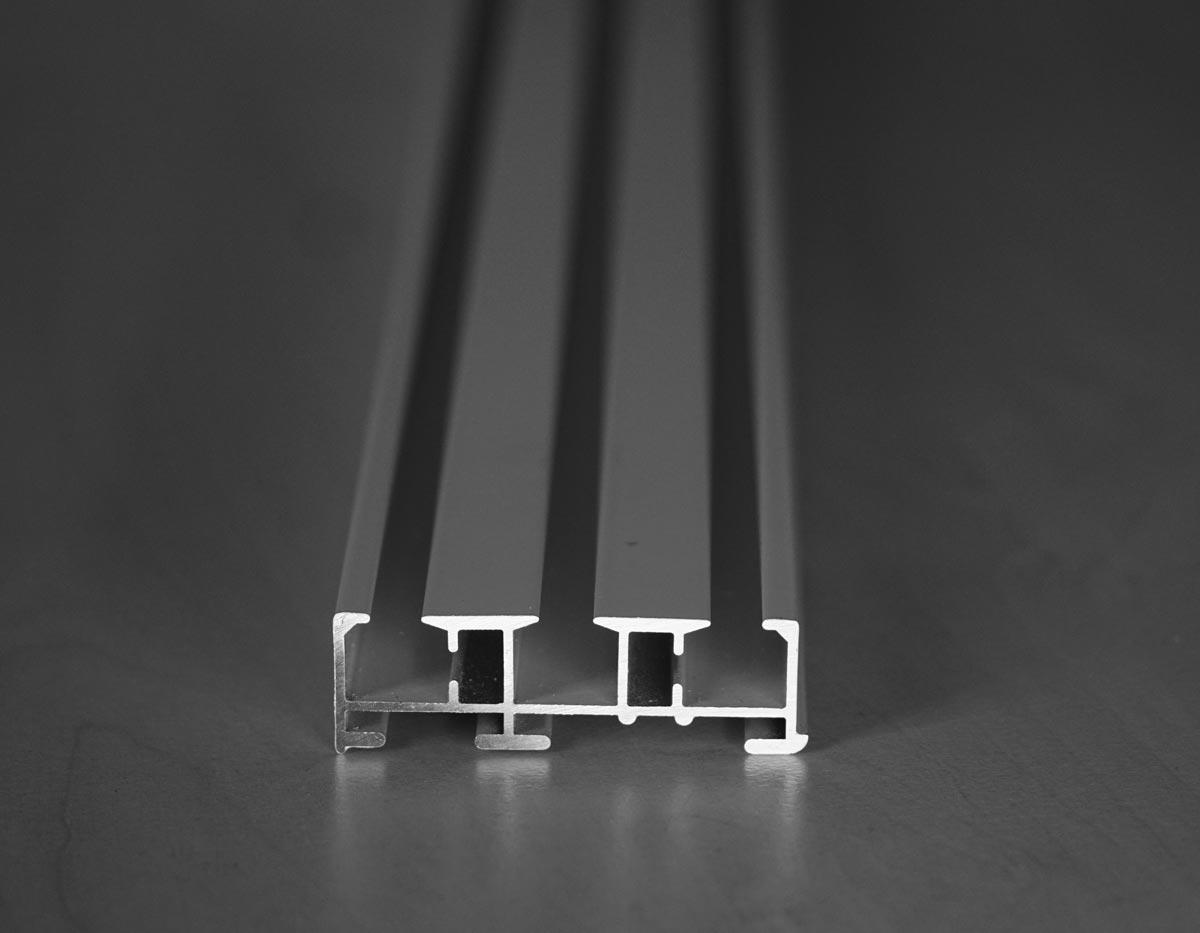 Beispiel Schiene bei einem Flächenvorhang