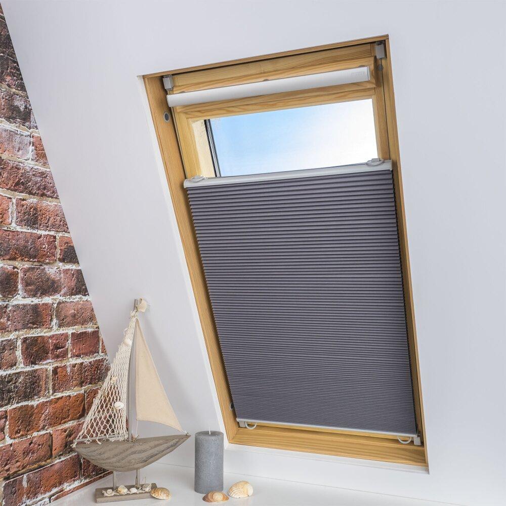 liedeco plissee dachfenster plissee grau wohnfuehlidee. Black Bedroom Furniture Sets. Home Design Ideas
